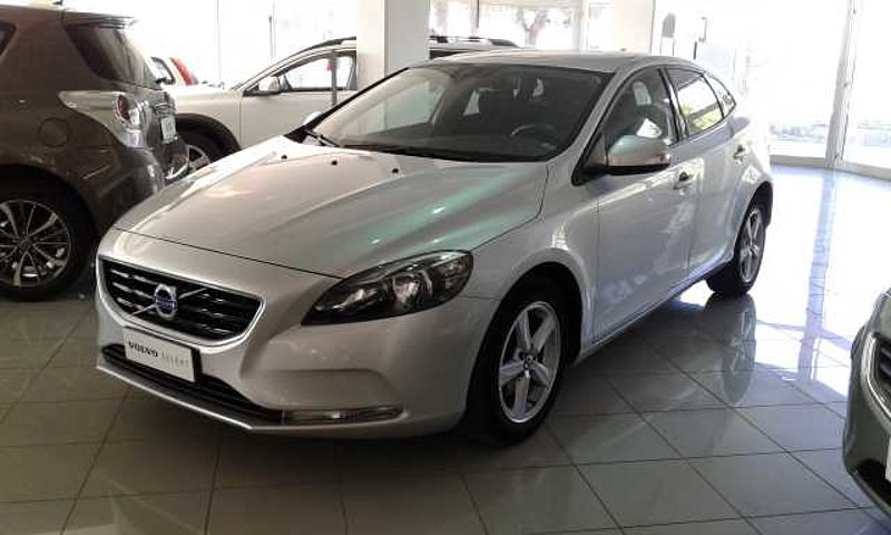 Volvo V40 D2 1.6 cc. Business