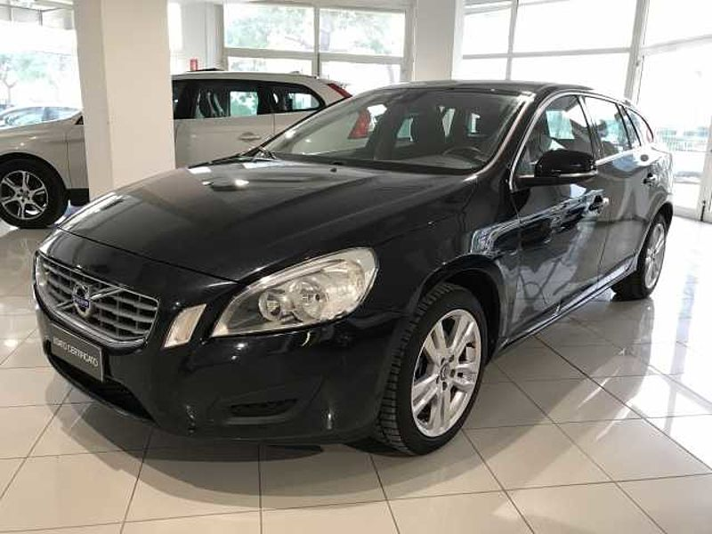 Volvo V60 D3 MOM GEAR